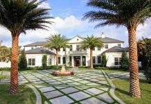 Tony Robbins House - Florida Mansion Front