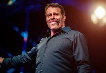 Tony Robbins Wiki and Net Worth