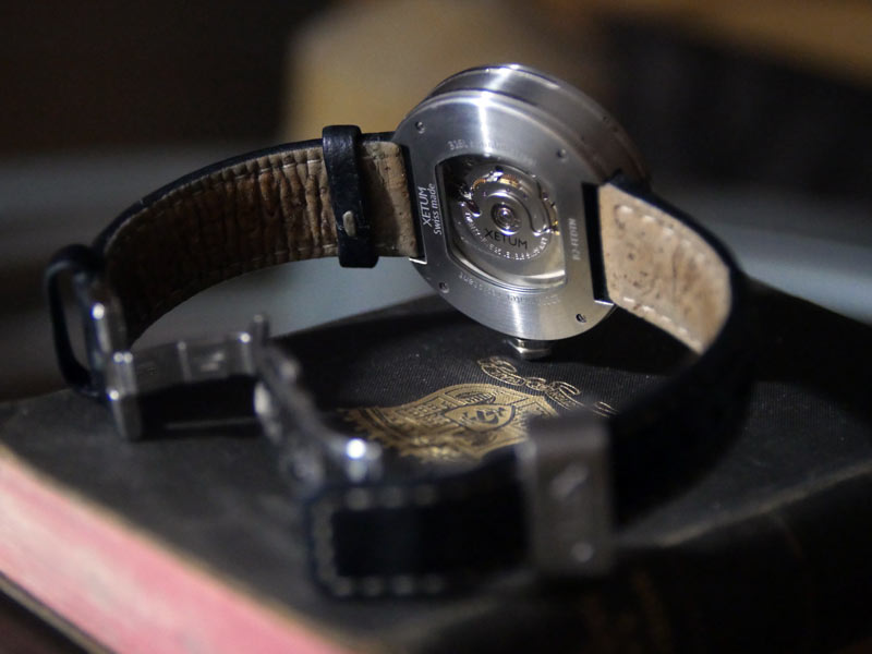 Backside of the Xetum Stinson watch